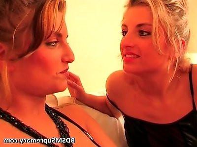 Kinky blonde sisters play bondage