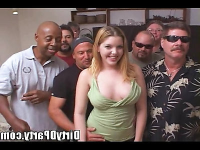 Candi Apple Comes to Play on cam With The Tampa Bukkake Crew!