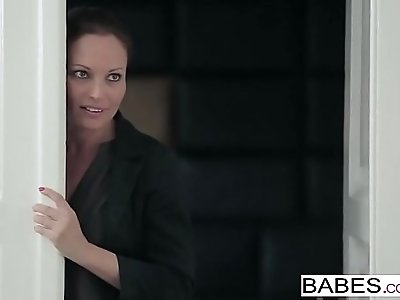 Babes Step Mom Lessons Nick Gill, Julia Roca Hot Property