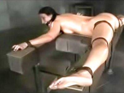 Flexible slut bound in splits, spitroasted, and BBC creampied