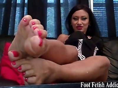 Suck on my delicious size feet