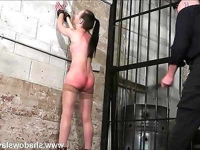 Strict whipping of amateur slave Lolani and spanking punishment of striped masoc
