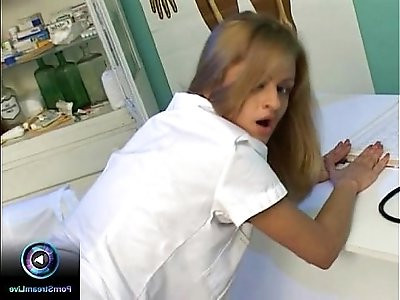 Hot nurse seduces her doctor to screw her inside the clinic