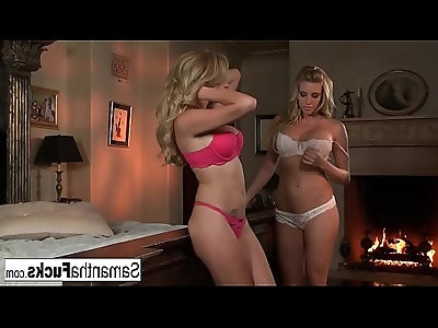 Samantha Fucks Her Sexy Girlfriend